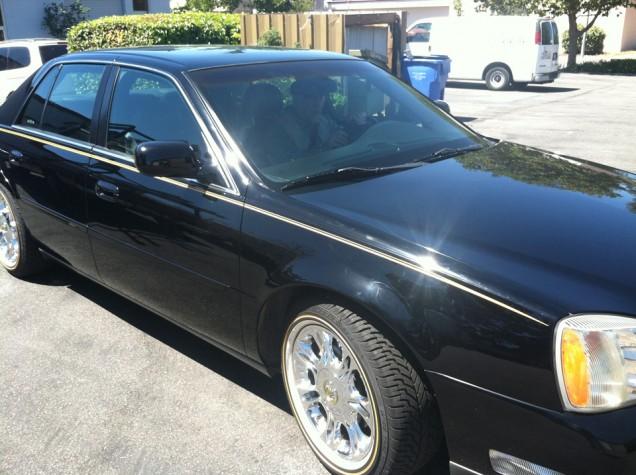 Car Pinstriping on a Cadillac